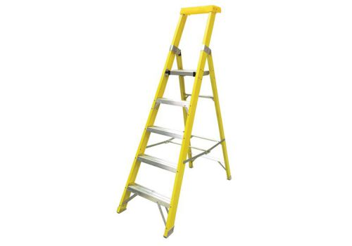 Zarges GRP Platform Steps Platform Height 1.37m 5 Rungs 300805